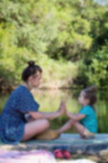 Elise en Ava water.jpg