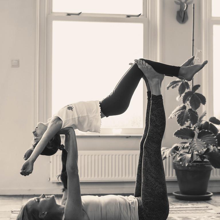 Ouder-kind yoga workshops bij De Meditatietuin