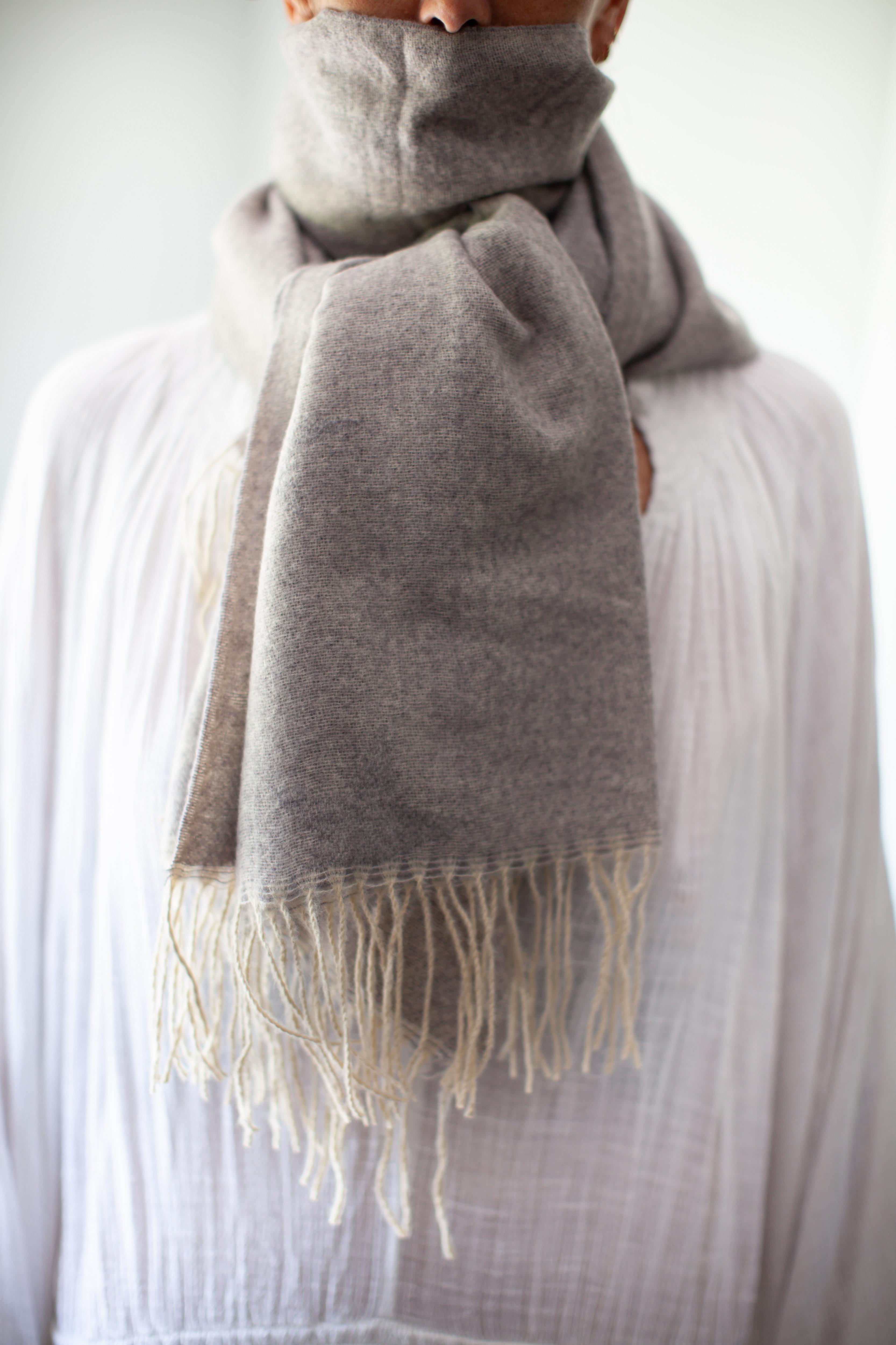 Albi & Mac soft scarf