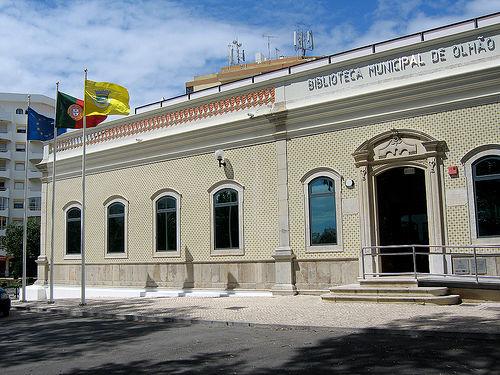 Biblioteca Olhao.jpg