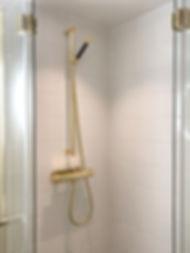 Duschblandare i Tapwell Honey Gold, badrummet är renoverat av Badrumsgruppen