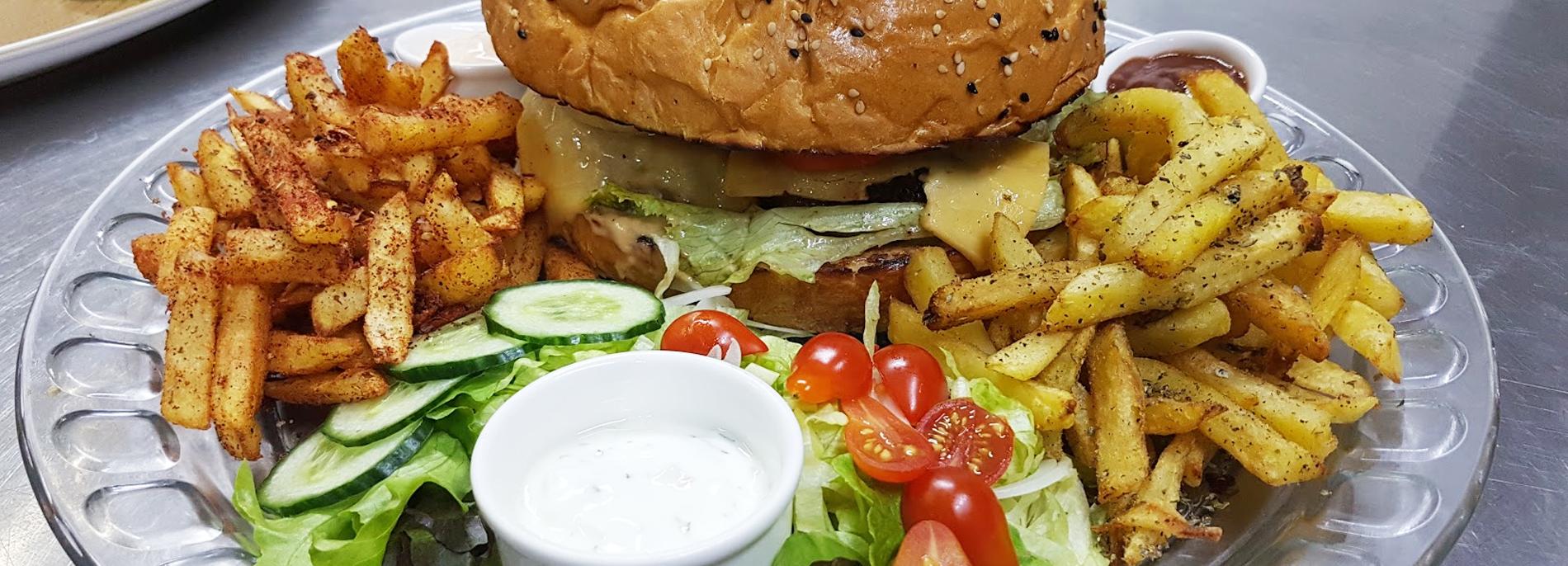 021-Burger-Dubai