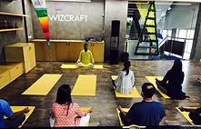 floor-yoga12.jpg