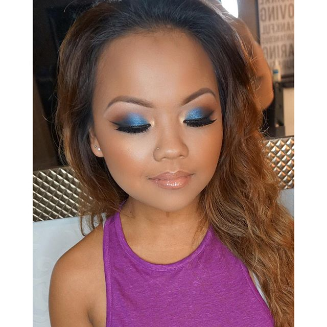 Gorgeous pop of color ☄ on this beauty!! Mua_ #marlyn_v _Makeup deets_ _Brows_ _anastasiabeverlyhill