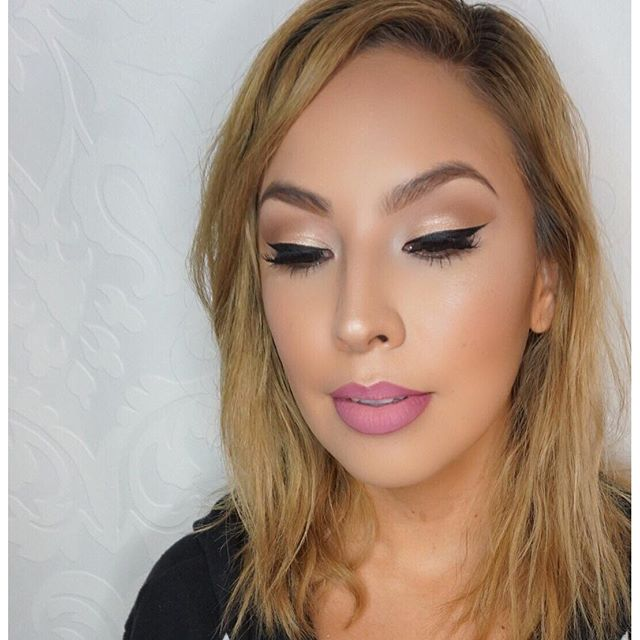 Skin, liner and lips! 💗 Clean glam on my boo _msvega_ _deets_ _Foundation_ _makeupforeverofficial u