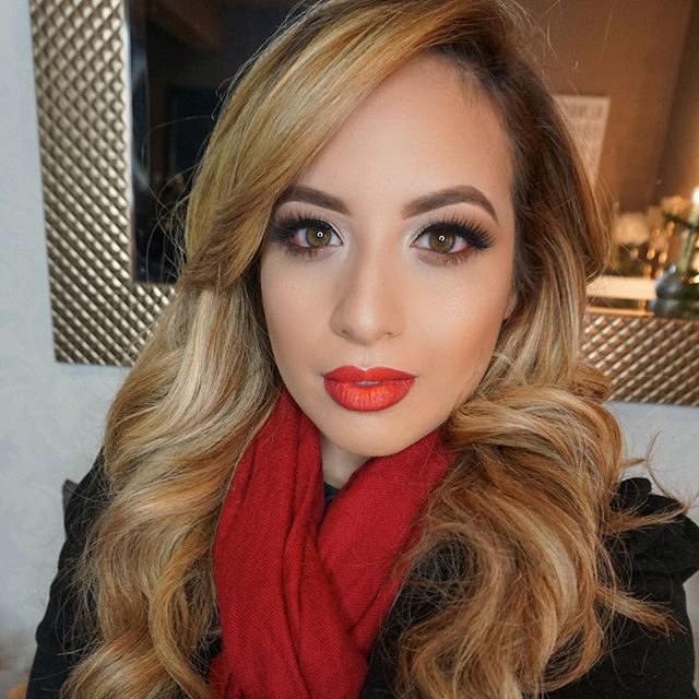 Holiday Glam💄 on my love _claudia_candelas _Lips_ _maccosmetics burgundy lip pencil and _liplandcos