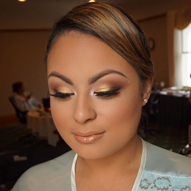 Fall glam 🍂🍁 #bridesmaid  Fall weddings are my fav!! Mua: #marlyn_v  Lips: #Mac hover lip pencil,