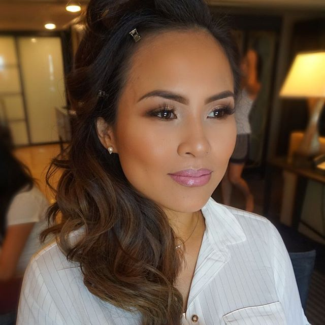 Yesterday's glam on this beauty! Mommies to be always have the best glow!! ✨ loved her! 💓  Skin: #m
