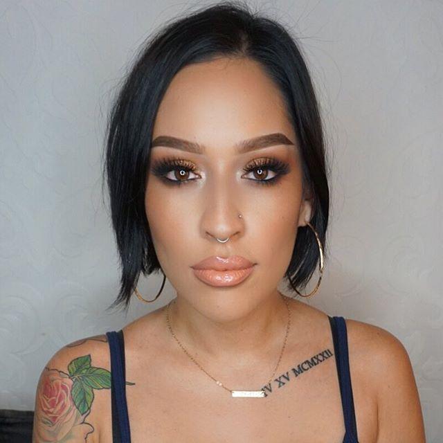 Bronzy Glam! 🔥 _Makeup Deets_ _Eyes_ _ctilburymakeup Dolce Vita Eye palette _Lashes_ _vegas_nay Gra