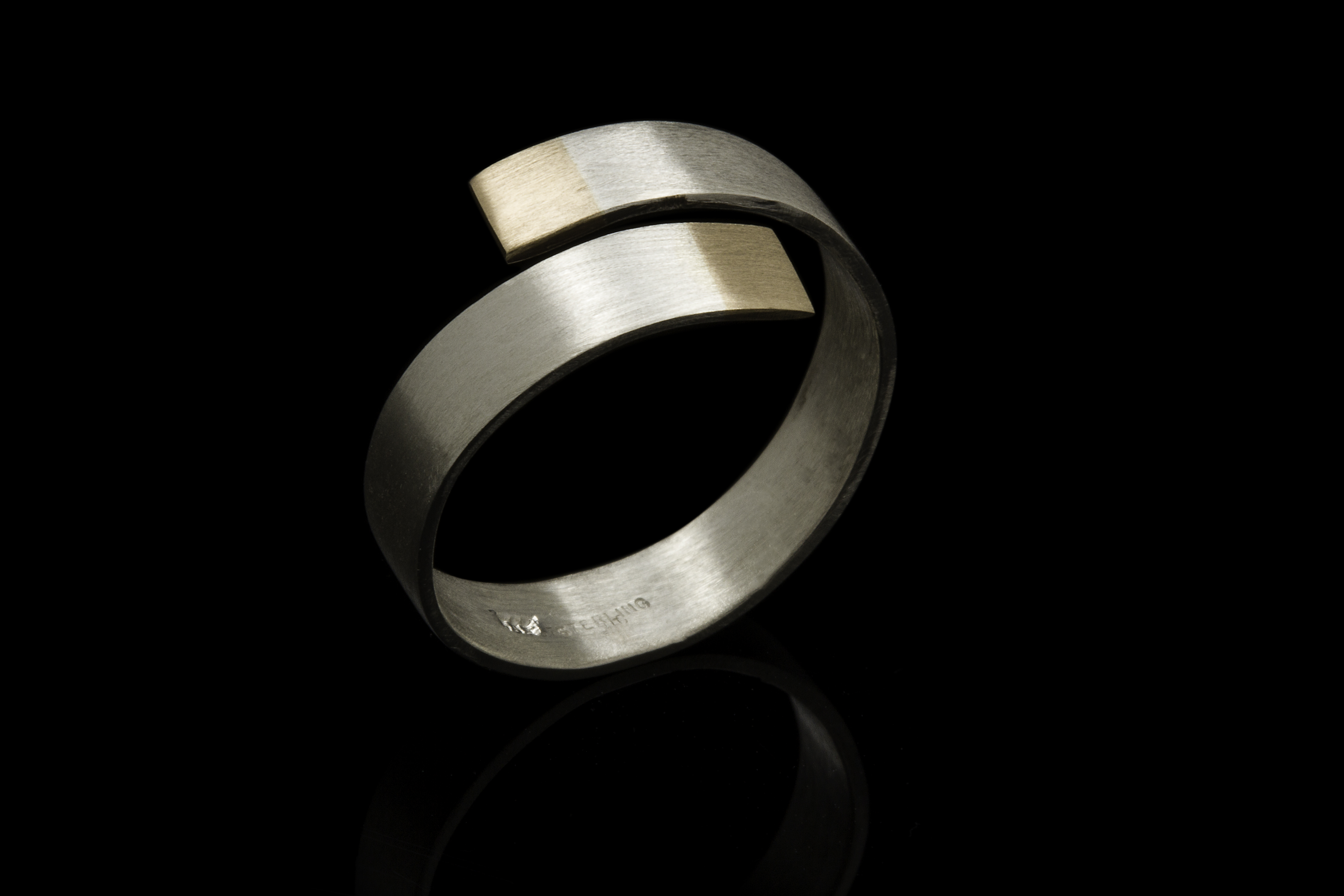 Jewellery by Lynndy Young
