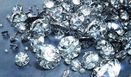 Luar Biasanya Manfaat Intan, Permata Favorit di Perhiasan