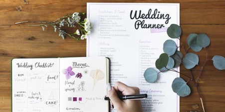 Galau Mempersiapkan Acara Pernikahan? Simak Tips Ini