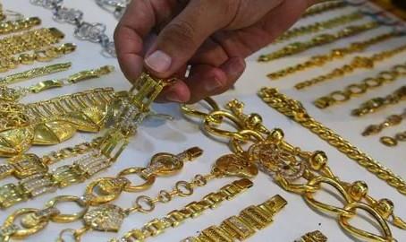 Hal yang Merusak Emas dan Cara Merawatnya Agar Tetap Berkilau