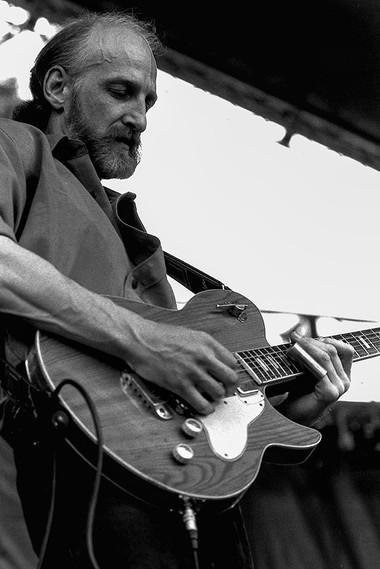 Blues 'n Trouble 07 - Mike Park.jpg