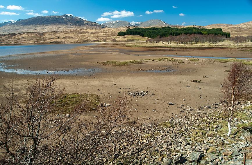 Lub Gaire Bhig (Loch Tulla) towards Druim a' Bhlair (left) and Stob a Choire Odhair & Bienn Toaig (right)
