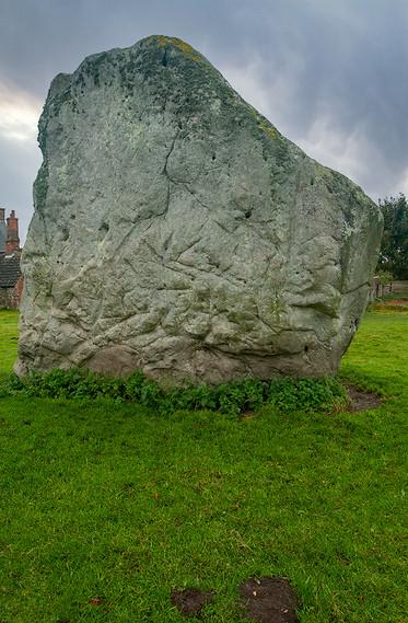 Views of Avebury & Individual Stones 25