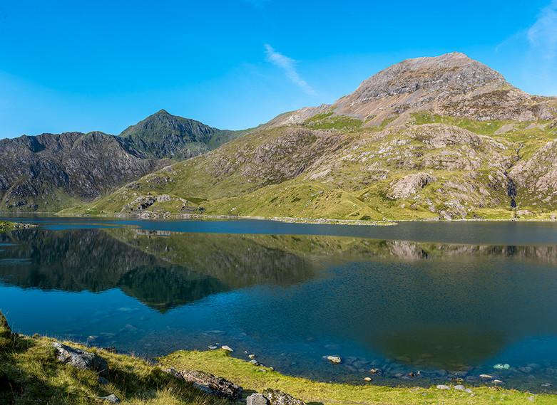Horizontal Pano of reflection of Mount Snowdon in Llyn Llydaw 03