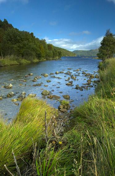 Stream flowing towards Loch Beinn a Mheadhoin 02