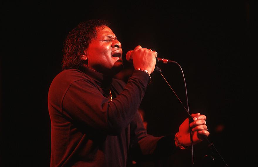 Roy Walker (fronting Otis Grand) 01