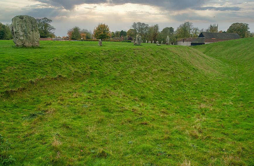 Views of Avebury & Individual Stones 05