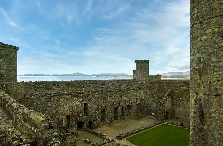 Harlech Castle 11.jpg