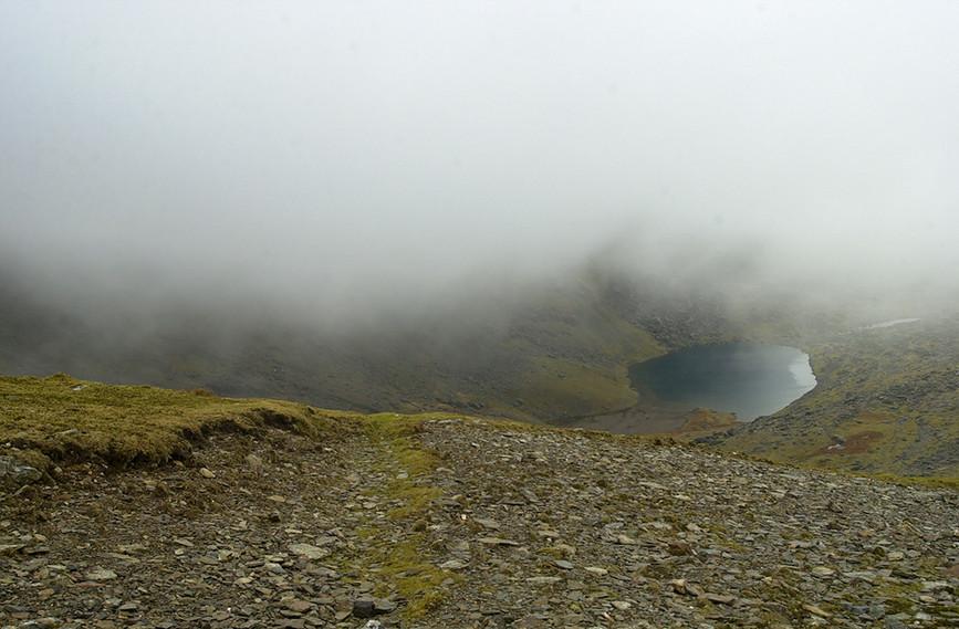 Llyn Du'r Arddu in the mist 01