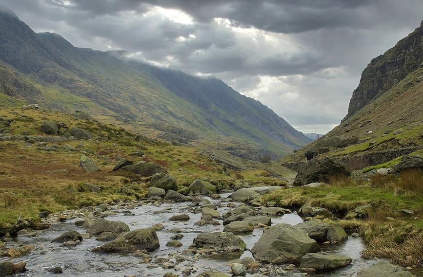 Nant Peris River looking South 03