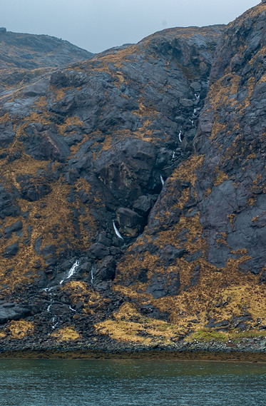 Water tumbling in to Loch na Cuilce