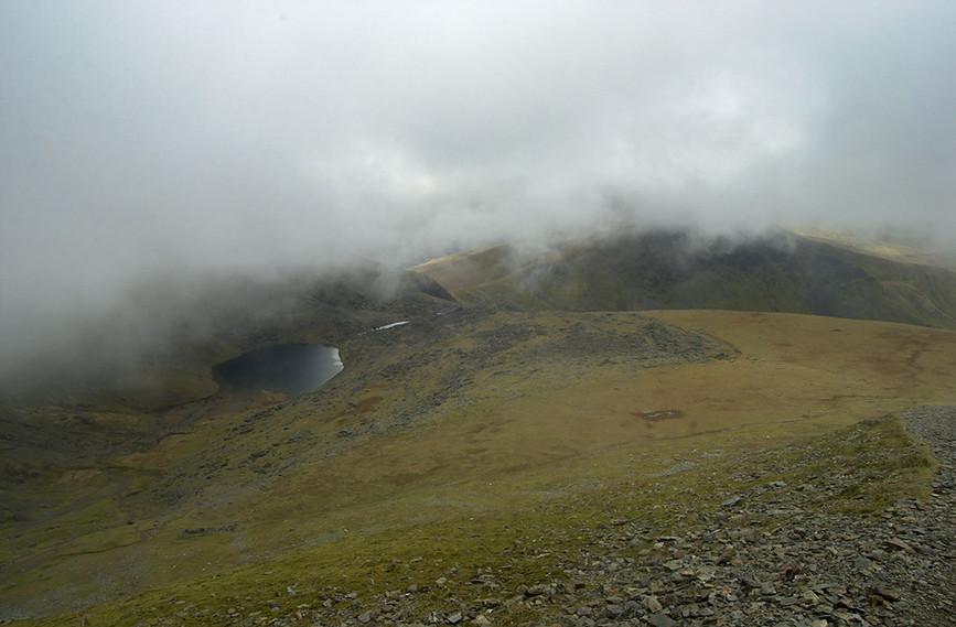 Llyn Du'r Arddu in the mist 02