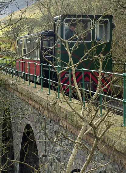 Crossing Afon Arddu 02