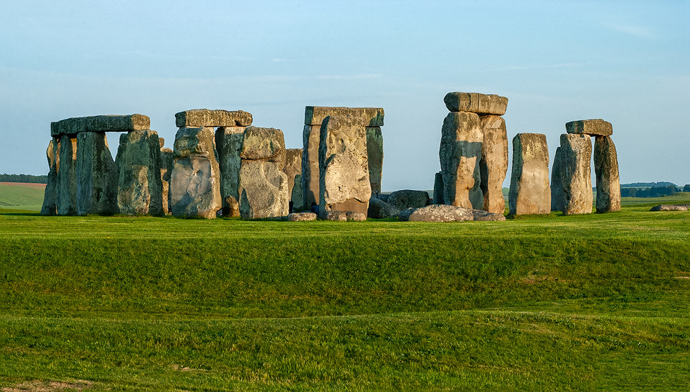 Panoramic view from northwest with Henge in foreground.