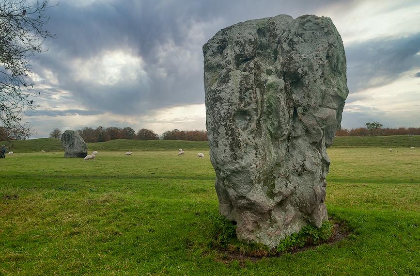 Views of Avebury & Individual Stones 09