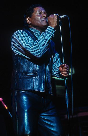Roy Walker (fronting Otis Grand) 02