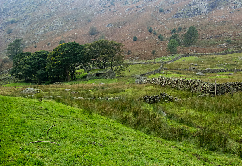Cumbrian Stone Walling at the foot of the Pass 03