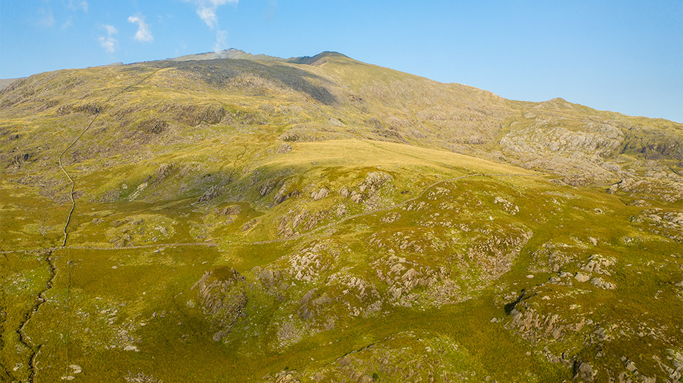 View towards the south slope of Mount Snowdon 02