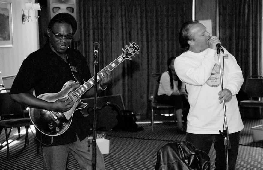 09 - Joe Louis Walker & Curtis Salgado