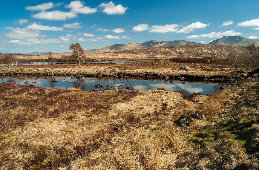 River leading to Loch Ba (Glas Bheinn (Cul Glas-bheinne) top left), Rannoch Moor