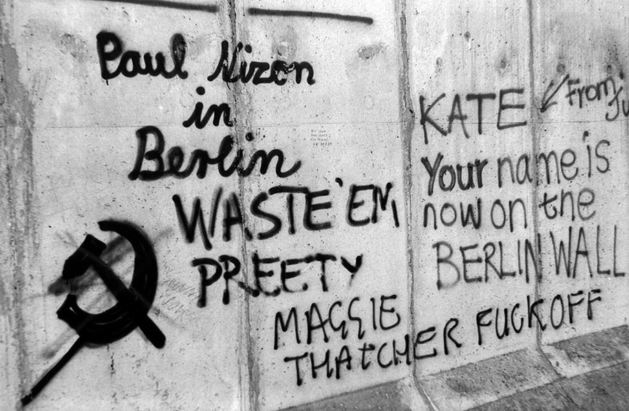 Graffiti on the Wall 09