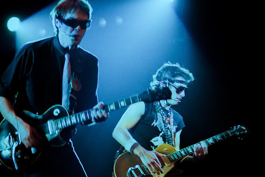 Neil Young 04 - with Nils Lofgren.jpg