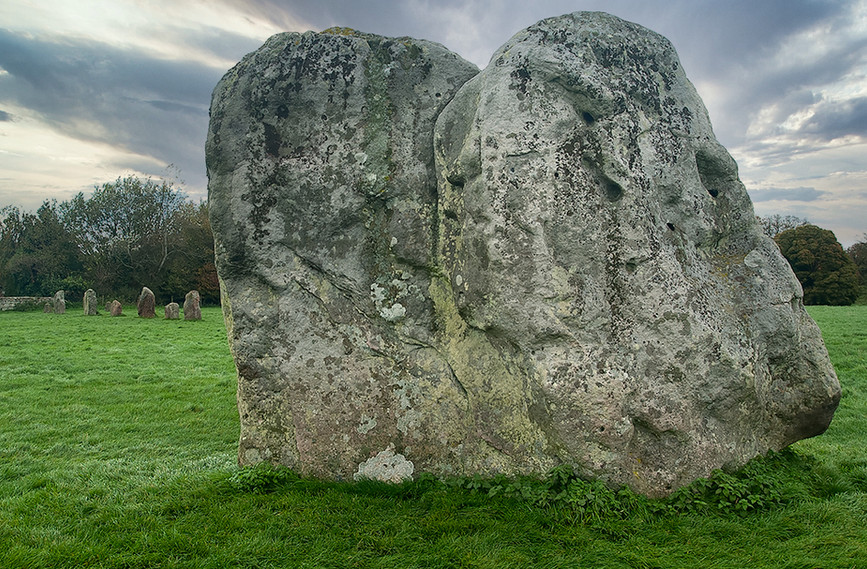 Views of Avebury & Individual Stones 13