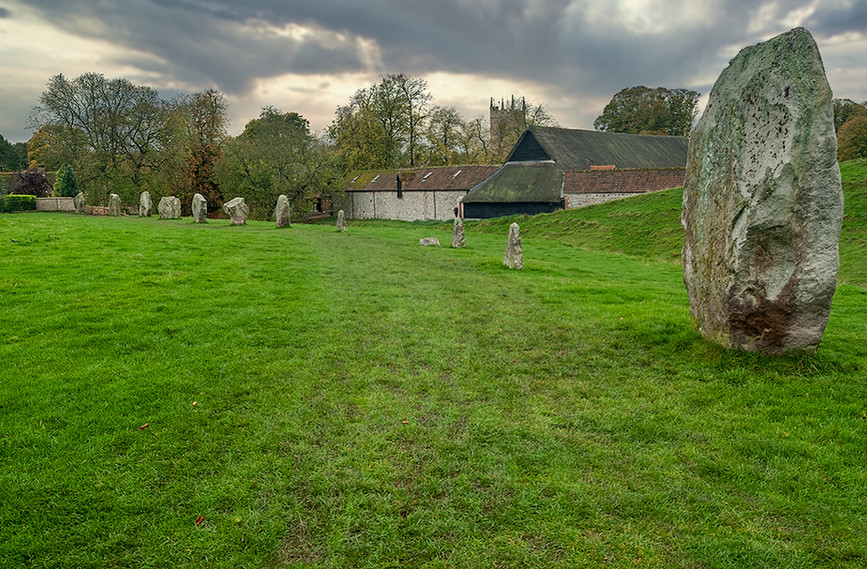 Views of Avebury & Individual Stones 23