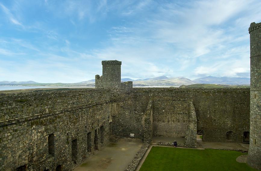 Harlech Castle 09.jpg