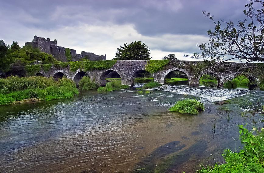 Glanworth Castle & Bridge across the Riv