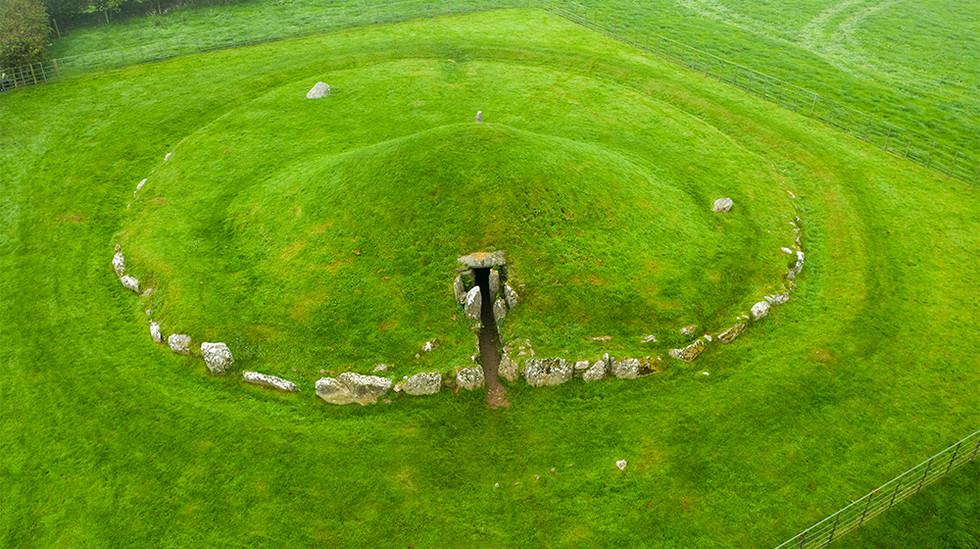 Bryn Celli Ddu Neolithic Burial Chamber 01