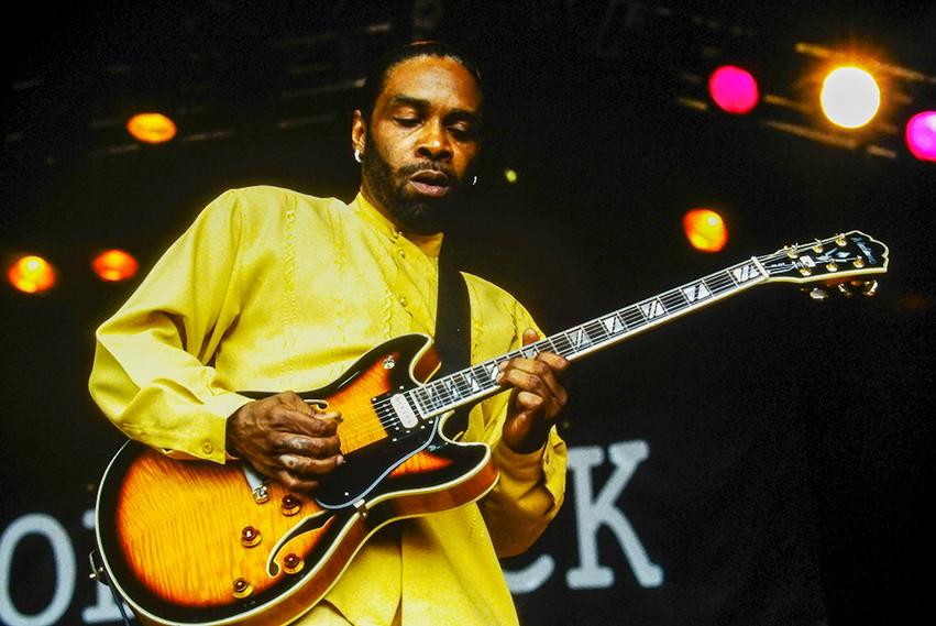 Guitarist with Koko Taylor 02