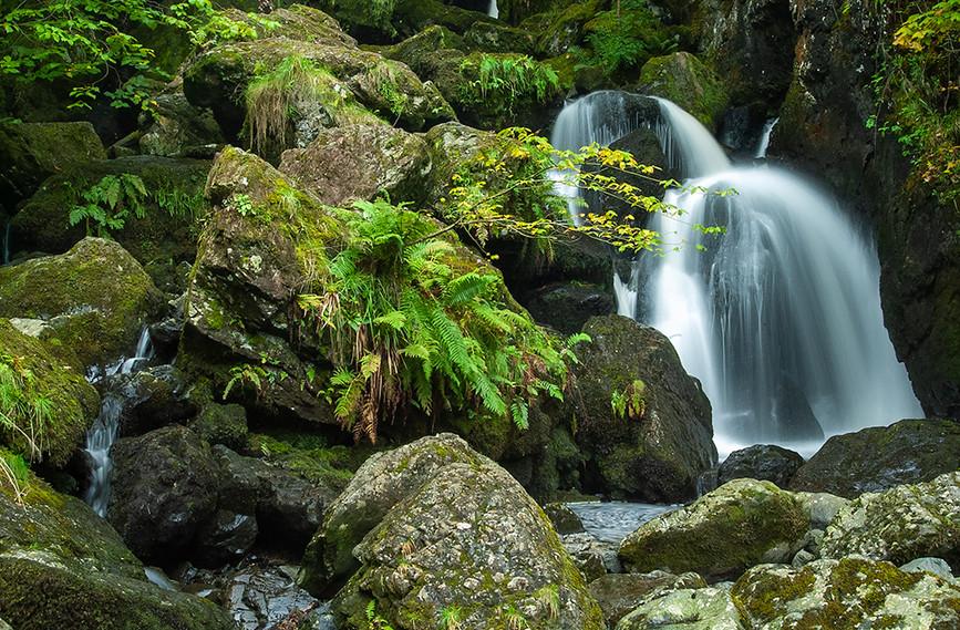 Lodore Falls 01