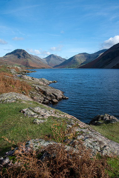 View north along Wastwater (l-r Yewbarrow, Great Gable & Scafell Pike) 02