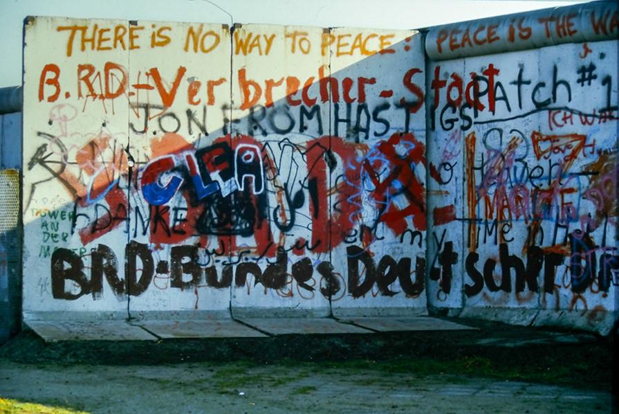 Graffiti on the Wall 32