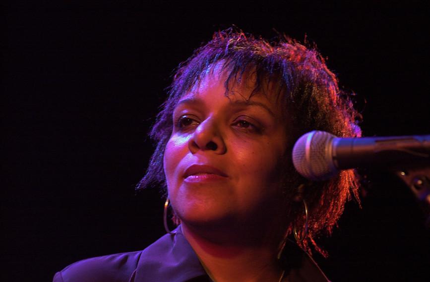 Marsha Raven 09