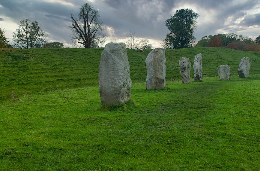 Views of Avebury & Individual Stones 15
